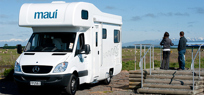 Motorhome Hire Perth Parked to Watch Sceneries
